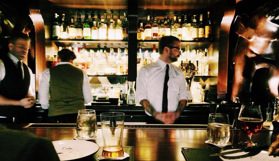 scegliere Barman e Bargirl a Roma per eventi